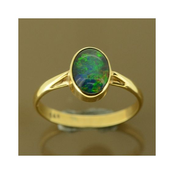 14ct yellow gold triplet opal ring