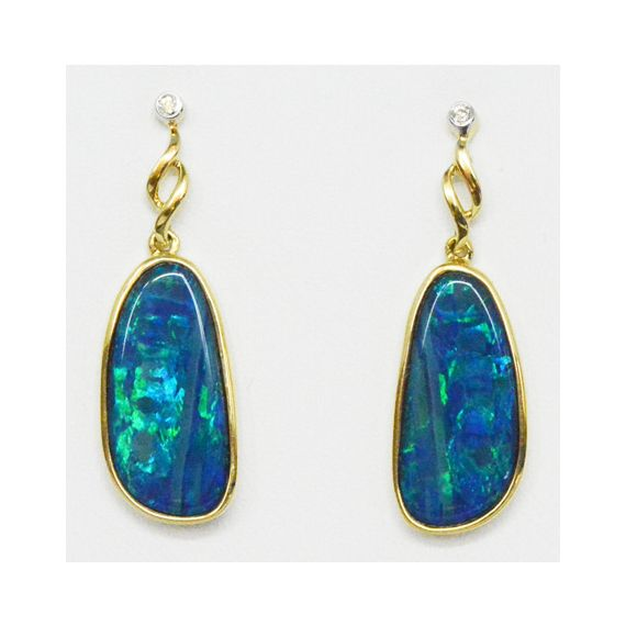 14ct Yellow Gold Doublet Opal Earrings Set With 2 Diamonds