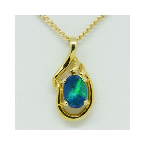 14ct Yellow Gold Doublet Opal Pendant