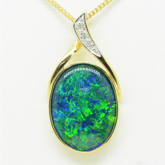 9ct triplet opal pendant set with diamonds