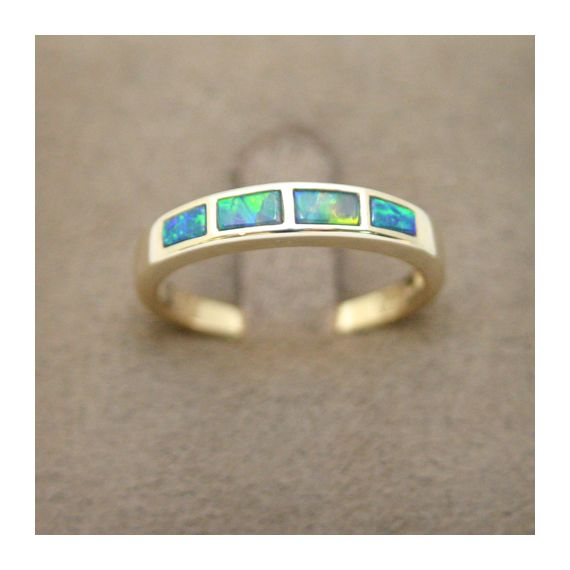 14ct  yellow gold doublet  inlaid opal  ring