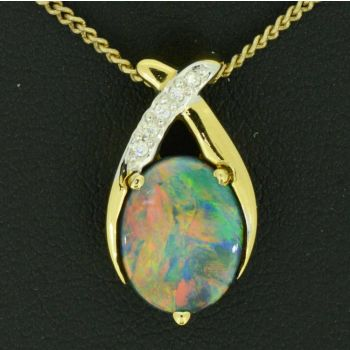 18ct Yellow Gold Black Opal Pendant with 5 diamonds