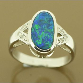 14ct white gold doublet opal ring with 6 diamonds