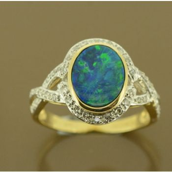 14ct yellow gold doublet opal ring with 46 diamonds