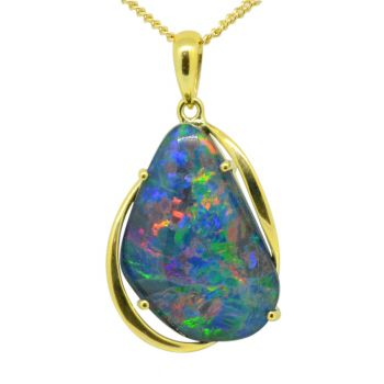 Triplet opal pendant set in 9ct yellow gold