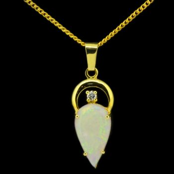 14ct Yellow Gold Solid White Opal with Diamond