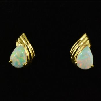 14ct yellow gold stud opal earrings