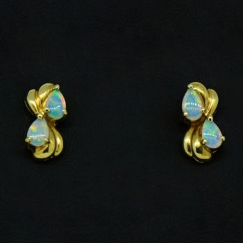 18ct Yellow Gold Solid Opal Earrings