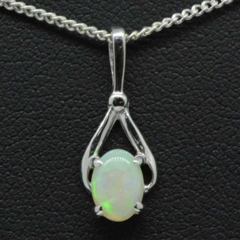 Ladies 18ct white gold solid opal pendant (7mmx5mm)
