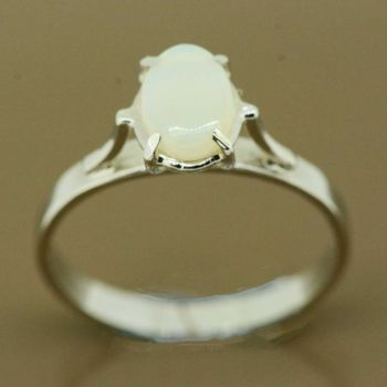 Sterling silver solid opal ring (7mmx5mm)