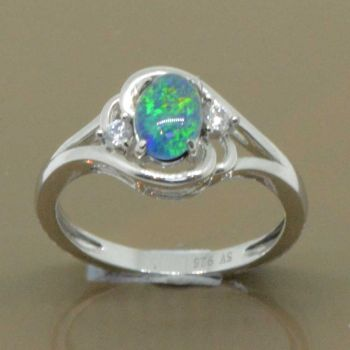 Sterling silver 7mm x 5mm triplet opal ring