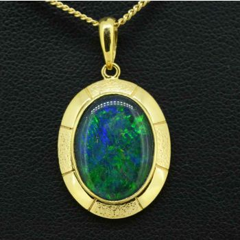 Triplet opal pendant set in 9ct gold 16mmx12mm