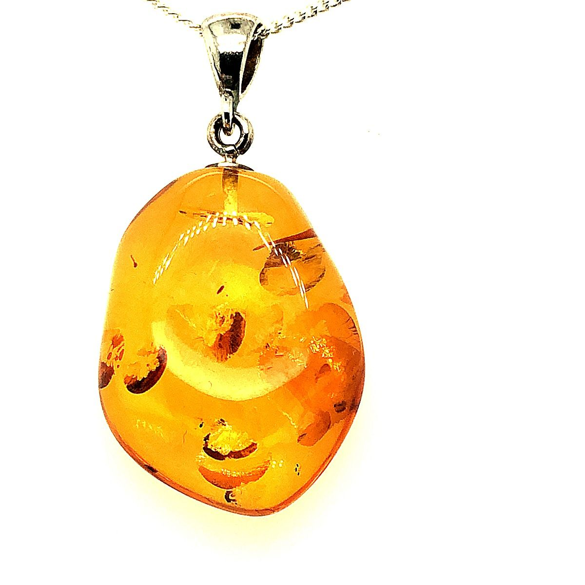 Sterling Silver Amber Pendant  (20mmx27mm)