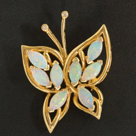 Butterfly Shaped 18ct Gold Solid Opal Brooch