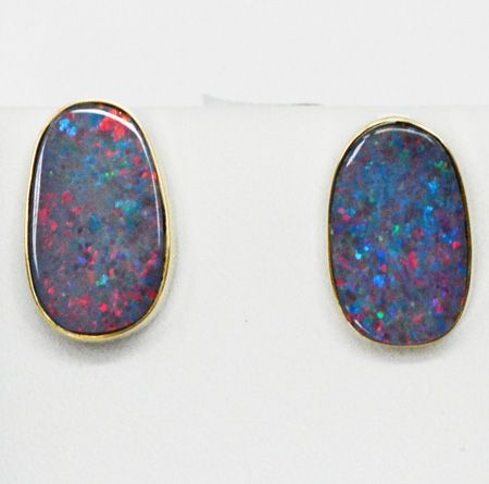 Beazel Set 14ct Yellow Gold Doublet Opal Earrings