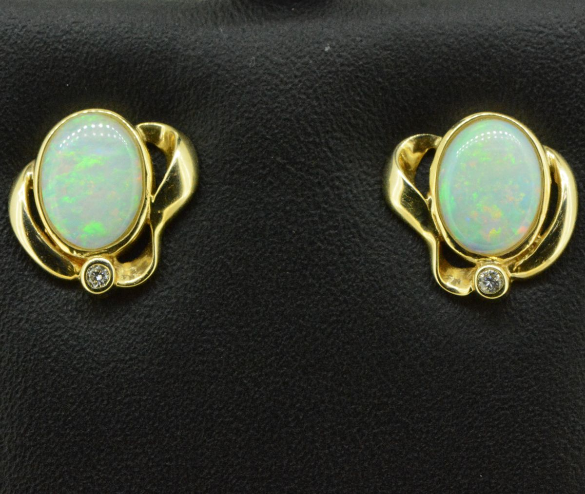 18ct Yellow Gold Solid Opal Earrings with 1 Brilliant Diamond