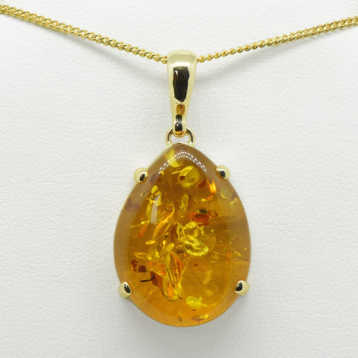 Yellow Gold Amber Pendant