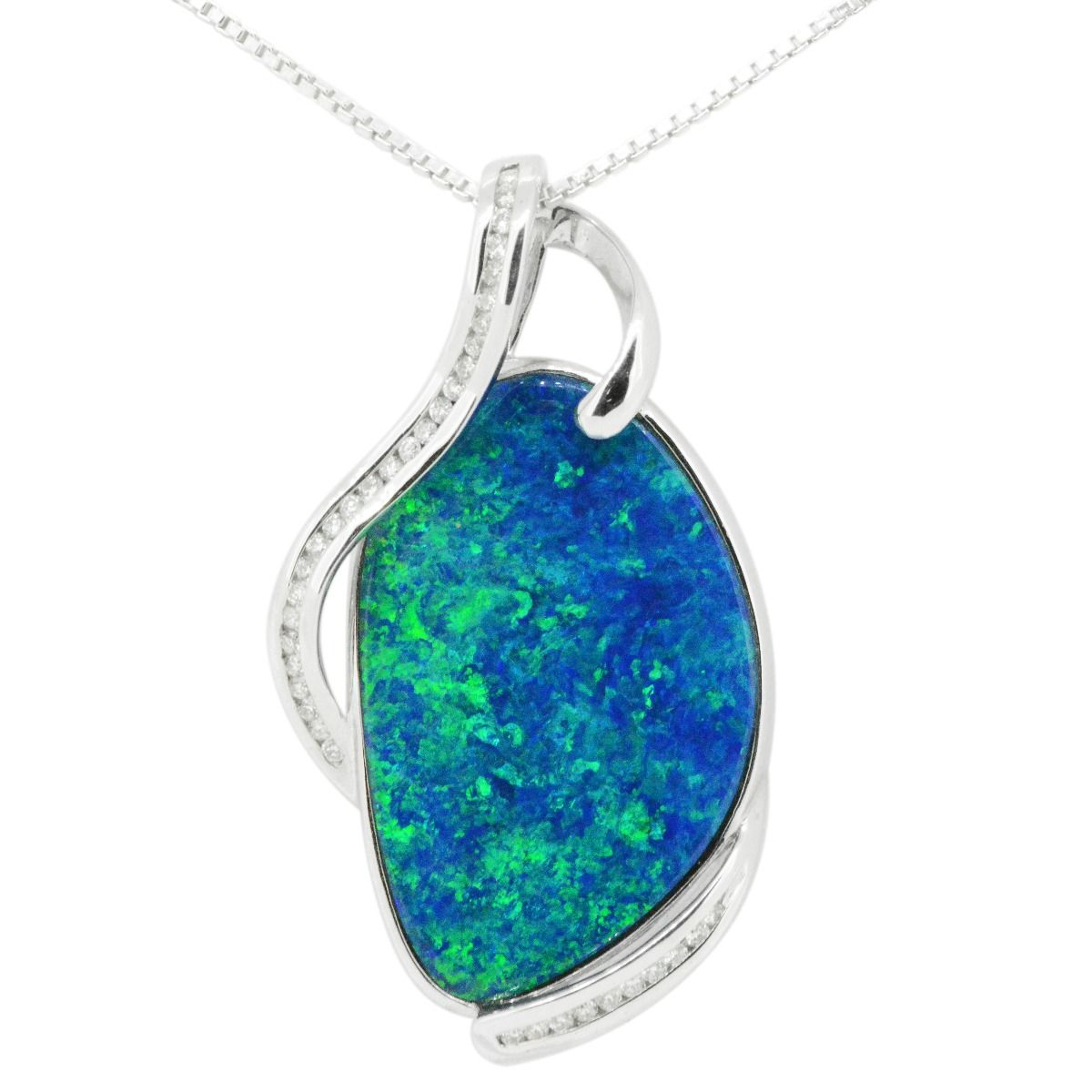 18ct White Gold Doublet Opal Pendant with Diamond Accents
