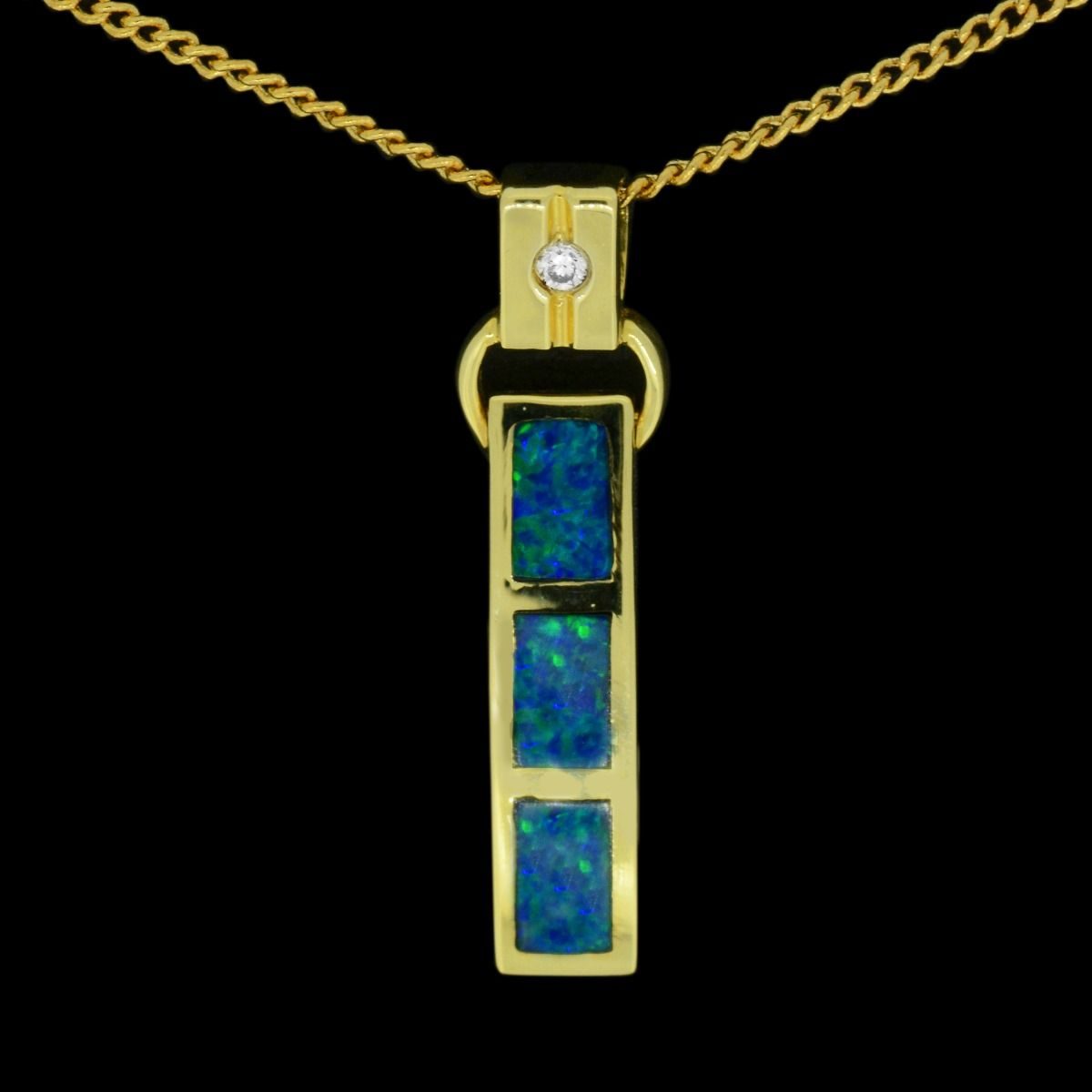 14ct Yellow Gold Inlaid Opal Pendant
