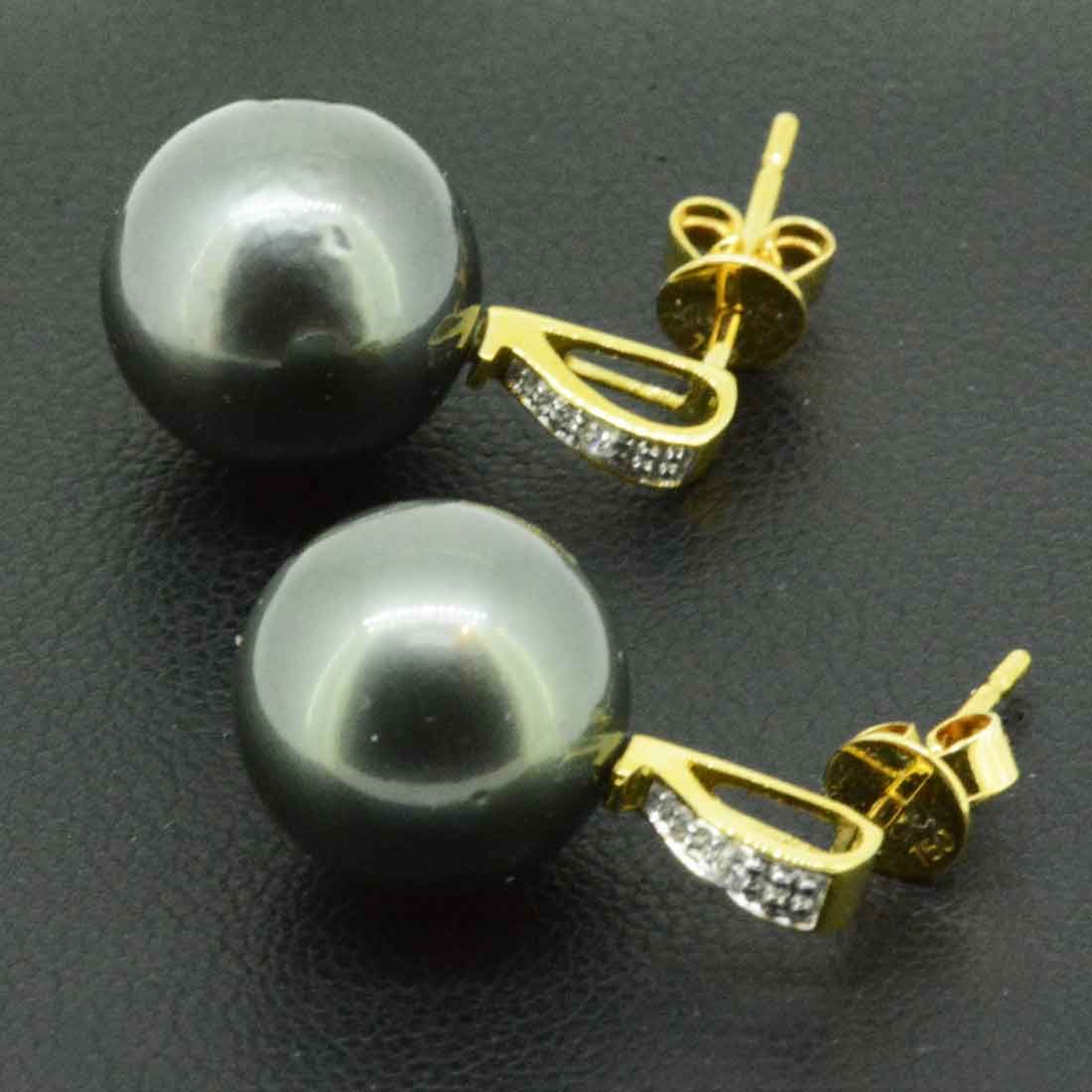 18ct yellow gold black Tahitian pearl earrings