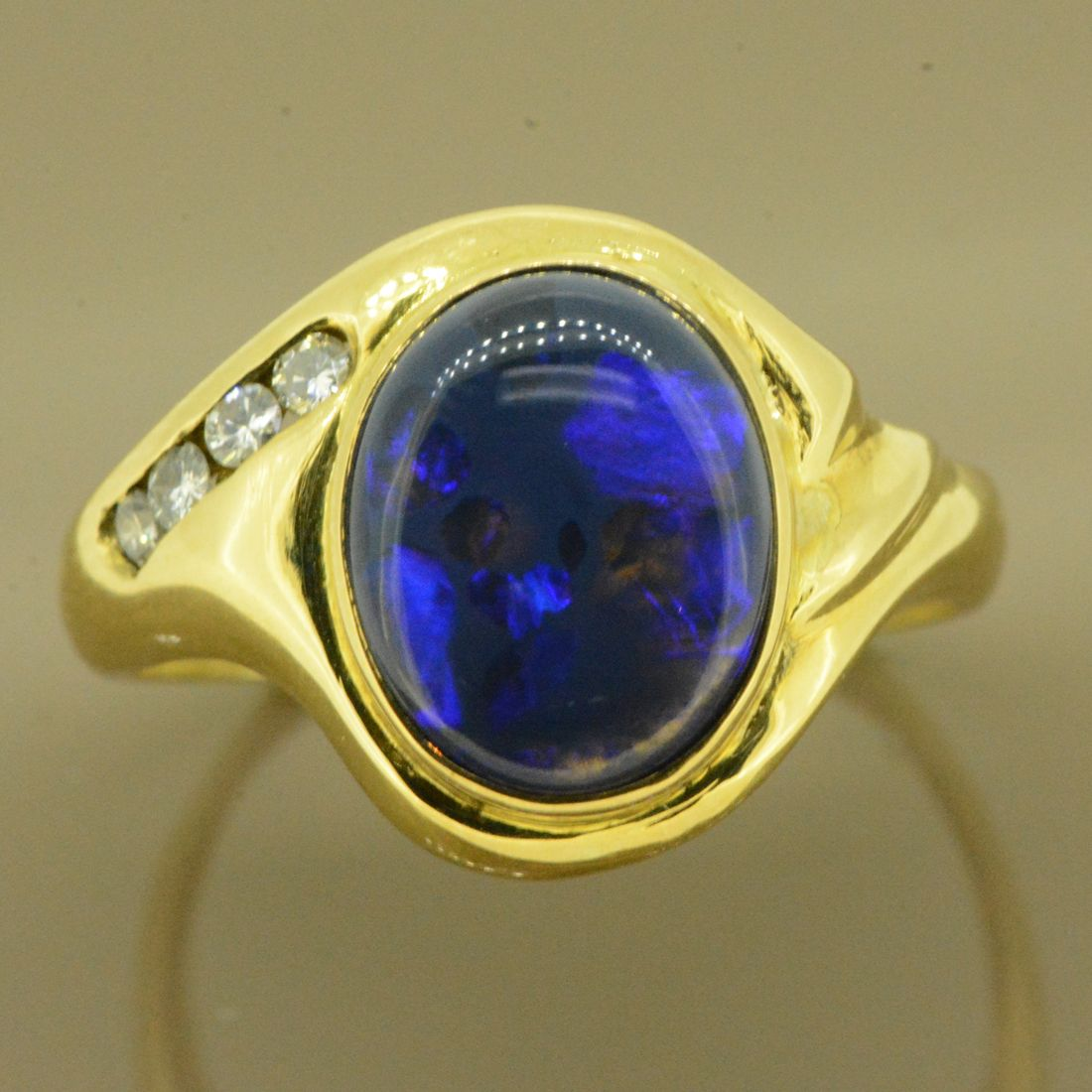 18ct Yellow Gold Solid Opal Ring with Brilliant Cut Diamonds (11x9)