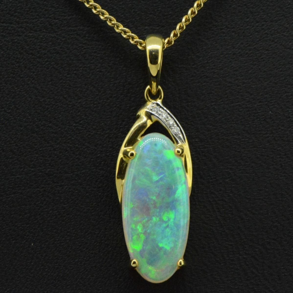 14ct yellow gold solid opal pendant (18mmx8mm)