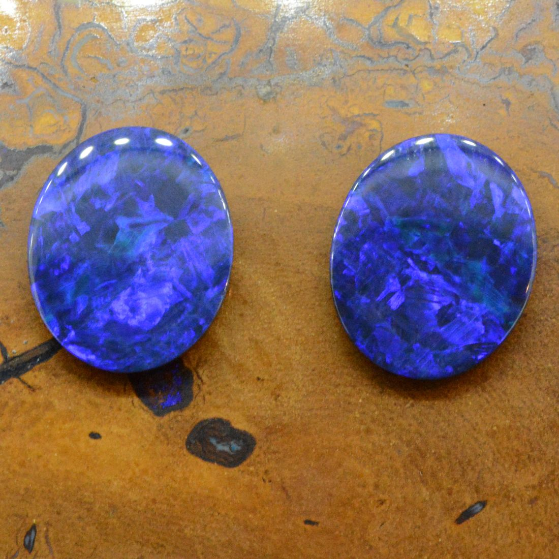 Two Round Doublet Opal Loose Stones