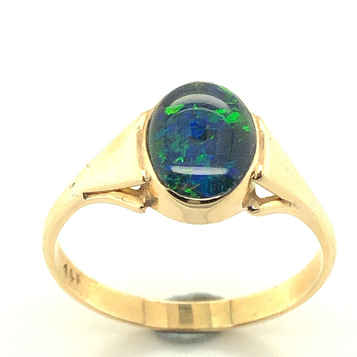 14ct Yellow Gold Triplet Opal Ring (9x7)