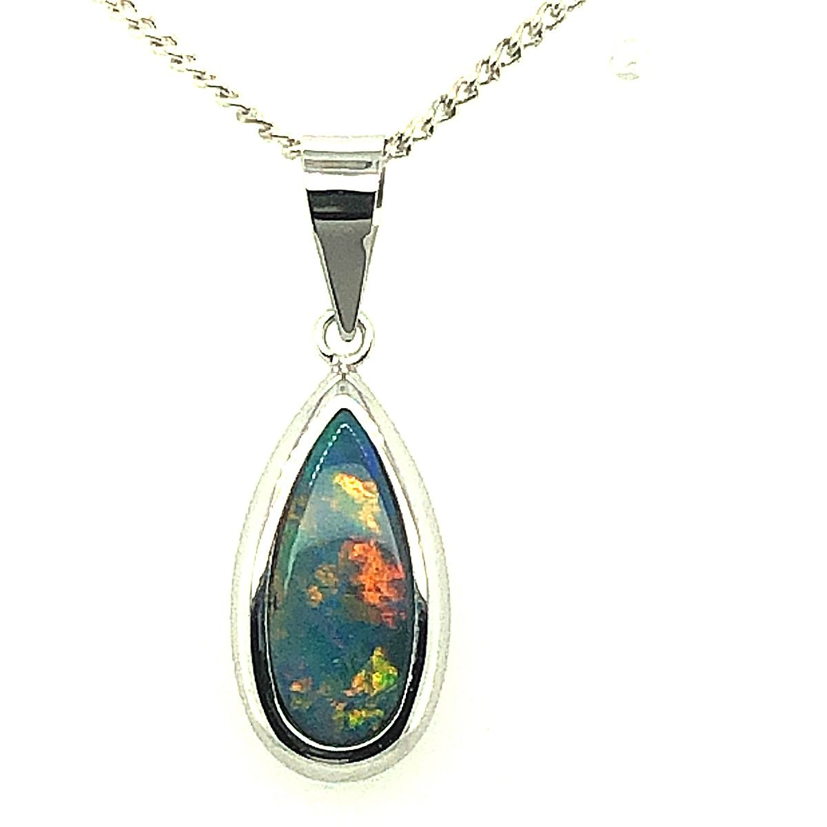 14ct White Gold Doublet Opal Pendant (13mmx6mm)